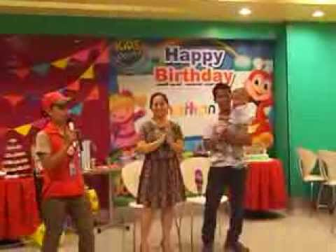 HAPPY BIRTHDAY SONG for James birthday party @ Jollibee