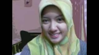Download Video wanita muslimah gersang MP3 3GP MP4