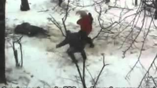 Девушка побила трёх гопников