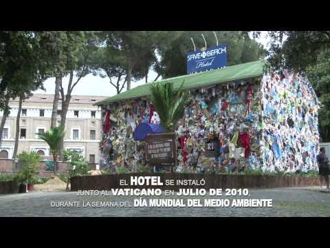 Primer Hotel de basuras