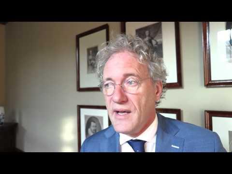 D66-senator en lijsttrekker Thom de Graaf sluit niet uit dat een verlies van de PvdA bij de Provinciale Statenverkiezingen gevolgen zal hebben voor de coalitie.