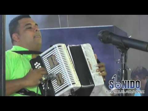 El Terremoto Mart�n Y Rolando Ochoa