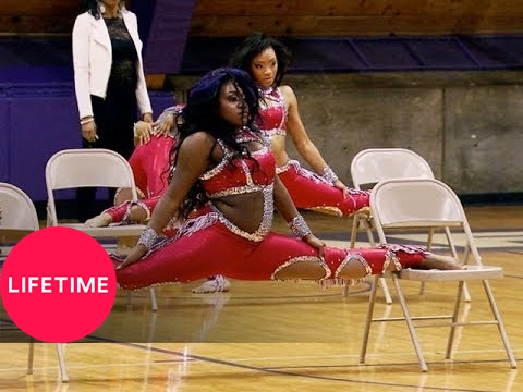 Bring It!: The Dolls Throw a Perfect Chair Stand (Season 2, Episode 13)   Lifetime