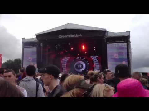 creamfields - Afrojacks introduction and first 5 minutes of his set from creamfields 2012, HD Creamfields 2012 Highlights! - www.youtube.com/watch?v=zsS1bhybSXA.