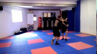 Knife Defence 006