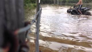 10. 2007 Honda recon water wheelies