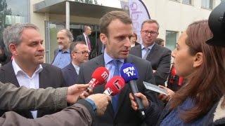 Video Quand Bertrand rappelle à Macron ses déclarations sur les migrants à Calais MP3, 3GP, MP4, WEBM, AVI, FLV Mei 2017