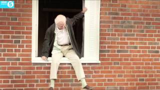 Nonton Mark Kermode Reviews The 100 Year Old Man Who Climbed Out The Window And Disappeared Film Subtitle Indonesia Streaming Movie Download