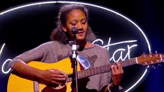 Ursula: We Don't Have To Take Our Clothes Off - Théâtre - NOUVELLE STAR 2015
