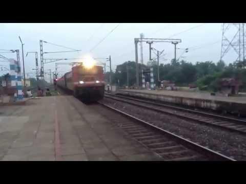 Video Howrah-Purulia Express crossing Panskura download in MP3, 3GP, MP4, WEBM, AVI, FLV January 2017