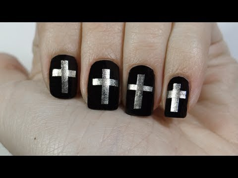 Uñas con cruces o cross nails especial Semana Santa