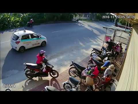 Thanh niên Trộm xe máy, run quá té luôn...  Xem chỉ sợ nó bị bắt... :))