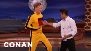 Video Steven Ho Hits Conan With Bruce Lee's One Inch Punch  - CONAN on TBS MP3, 3GP, MP4, WEBM, AVI, FLV Maret 2019