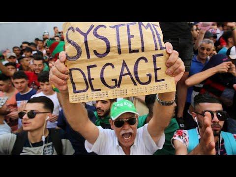 Algerien: 17. Demonstration gegen die Übergangsregier ...