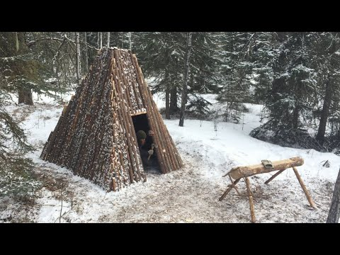 Solo Winter Bushcraft Shelter Build - Building a Log Home in the Canadian Wilderness (Pt.3/4)