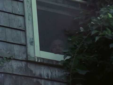 Little Edie: on Conformity, East Hampton and Grey Gardens (видео)