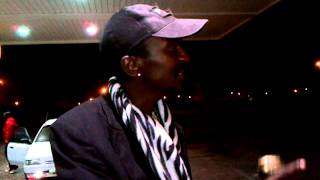 Friends of mine bumped into this guy in (Port Elizabeth) and he had a lot to say about being Xhosa... MUST WATCH! TOO FUNNY!! LOL.