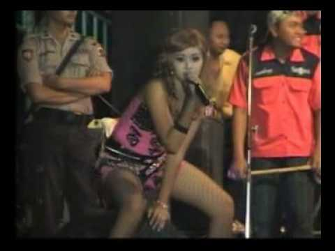 Citra - Ketahuan Goyang Dangdut Koplo Sexy Gitu Loh!