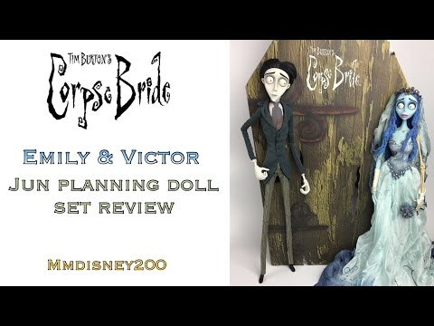 Tim Burton's CORPSE BRIDE: Emily and Victor Jun Planning Coffin Doll Set REVIEW