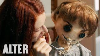 """Nonton Horror Short Film """"The Dollmaker""""   Presented by ALTER Film Subtitle Indonesia Streaming Movie Download"""