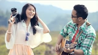 Video Lebih Indah - Adera (Official Video) MP3, 3GP, MP4, WEBM, AVI, FLV Desember 2017