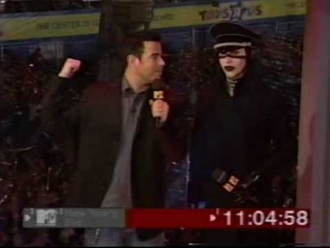 Disposable Teens/Surrender (MTV New Year's Eve 2000)
