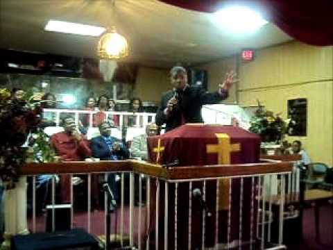 PROPHET BRIAN CARN AT CHURCH OF GOD GOSPEL TABERANCLE JAN 30 2012 LAKELAND FLA