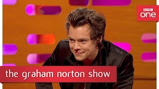 Video Harry Styles reveals whether rumours about him are true - The Graham Norton Show 2017: Preview MP3, 3GP, MP4, WEBM, AVI, FLV Juli 2018