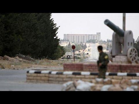 Συρία: Δεκάδες άμαχοι νεκροί από αεροεπιδρομές στη Ράκα