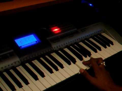 Como Tocar merengue tipico en el piano basico