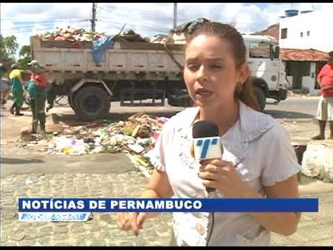 [BRASIL URGENTE PE] Acumulo de lixo, em Abreu e Lima, atrapanha comerciantes