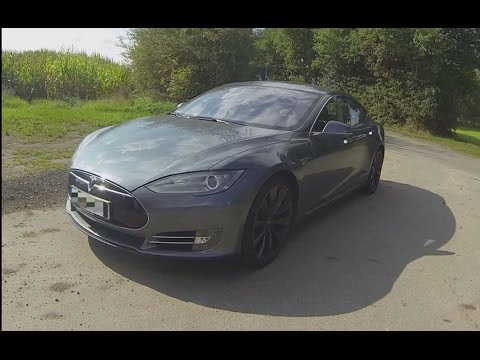 Tesla Model S P85+ 0-100 Acceleration and Walkaround