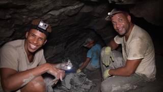 40 minutos en una mina de ambar en República Dominicana. (Sin cortes)