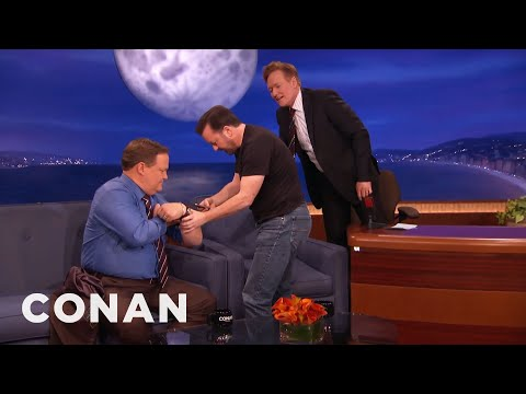 Conan - Ricky Gervais Teaches Conan And Andy To Play A**hole Or Elbow