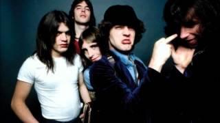 Download Lagu AC/DC Live in Concert (1979) HQ Mp3