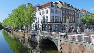Delft Netherlands  city pictures gallery : Delft, Netherlands: Town Square and Delftware