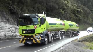 Video Trucks New Zealand on Mt Messenger MP3, 3GP, MP4, WEBM, AVI, FLV Agustus 2018