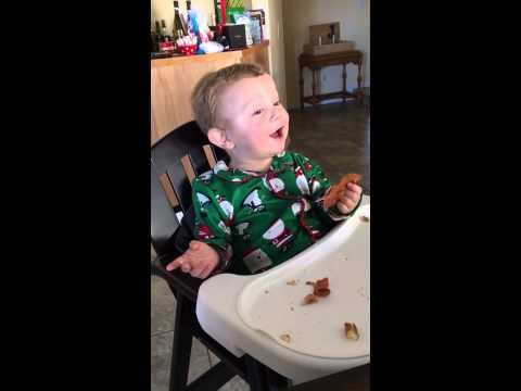 Baby Reacts Pricelessly to Tasting Bacon for the First