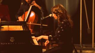 How - Regina Spektor - The Warner Sound Live - English & Spanish subtitles