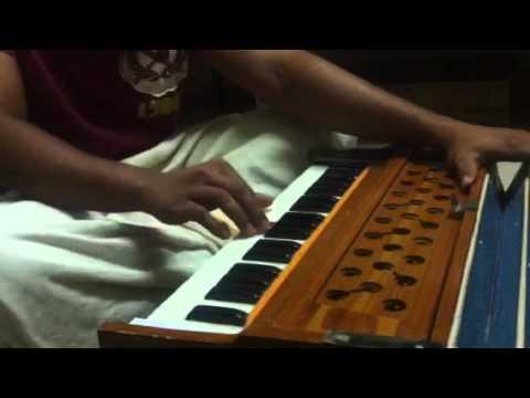 Video Mudipookkal Vadiyal - Harmonyum cover_Anish Kurup download in MP3, 3GP, MP4, WEBM, AVI, FLV January 2017