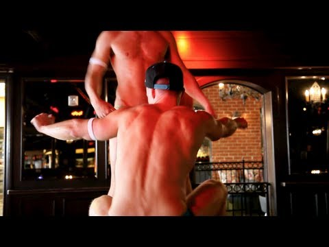 nu masculino - I think there's something so confident about go-go dancers - and how they really rock and own what they've got. So I decided to give it a try... Special than...