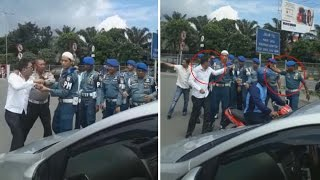 Video BREAKING NEWS: Adik Mantan Jenderal Polisi Dikeroyok Oknum TNI MP3, 3GP, MP4, WEBM, AVI, FLV Juni 2017