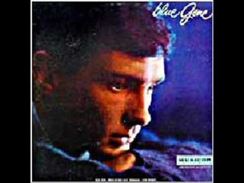 Tekst piosenki Gene Pitney - Little Betty falling star po polsku