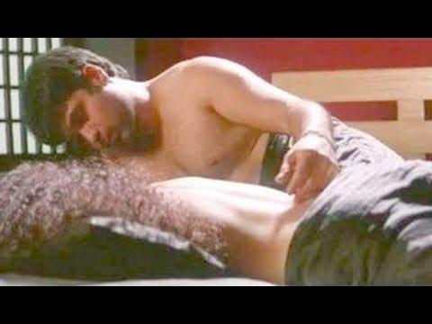 Video Gangster | Emraan Hashmi And Kangana Ranaut Hot Bed Scene download in MP3, 3GP, MP4, WEBM, AVI, FLV January 2017