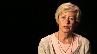 Demens rammer hårdt. Hverdagen splintres ofte i tusinde stykker af håbløshed og savn. Alzheimerforeningen giver hvert år...