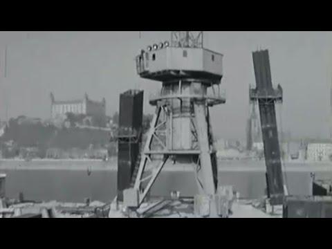 VIDEO: Bratislava - Stavba mosta SNP (1969)
