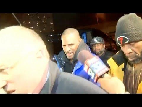 Aπαγγέλθηκαν κατηγορίες στον R. Kelly