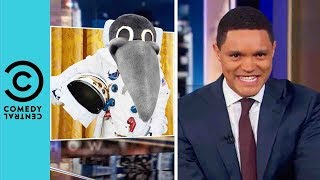 Video The United States Space Force Announcement | The Daily Show With Trevor Noah MP3, 3GP, MP4, WEBM, AVI, FLV Juni 2018