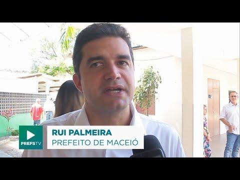 Rui Palmeira participa da inauguração da nova estação do VLT em Jaraguá