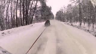 """Hardcorowy kulig 155 km/h. Tak się """"bawią"""" na bocznej drodze"""